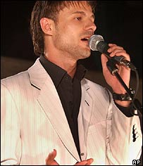 Ammar Hassan performs in Nablus