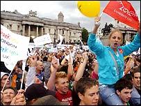 People celebrate London's victory in Trafalgar Square