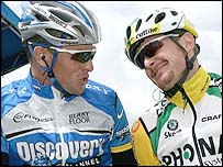 Lance Armstrong (left) and Floyd Landis