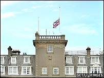 Union flag at Gleneagles flies at half-mast