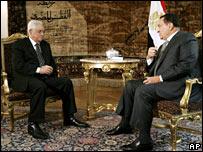 Mahmoud Abbas meets Hosni Mubarak