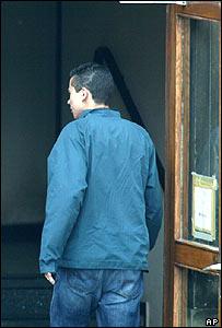 Sven Jaschan walking into court
