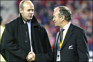 Sir Clive Woodward (left) and Graham Henry