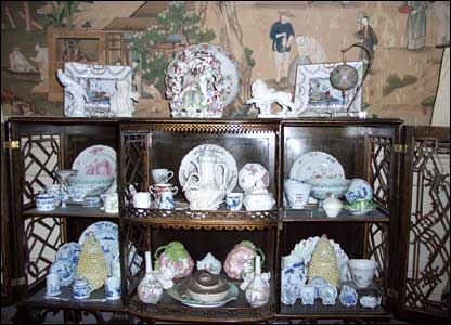 Part of the porcelain collection that was stolen
