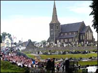 Orangemen and women walked to police lines at Drumcree