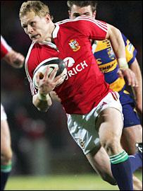 Lions back Josh Lewsey