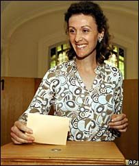 Luxembourg's Princess Sibilla casts her vote