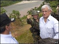 Ecuadorean President Alfredo Palacio visiting the border zone