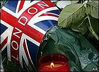 Tributo a las víctimas de las bombas en Londres