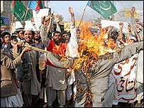 Effigy burnt in Pakistan