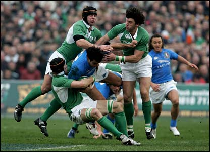 Italy's Gonazalo Canale runs into Irish defence in the first half at Lansdowne Road