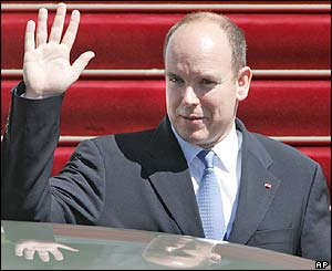 Prince Albert of Monaco arriving at the cathedral