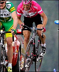 Jan Ullrich struggles up the mountain