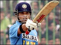 Sachin Tendulkar celebrates his hundred in Peshawar