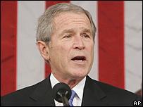 George Bush, presidente de EE.UU.