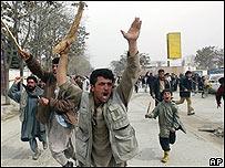 Manifestante en Afganistán