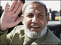 Mahmoud Zahhar arriving for talks in Cairo