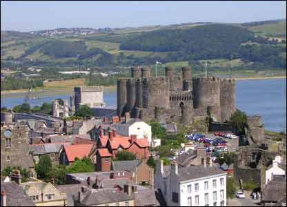 Helen Bresser sent in this shot of Conwy castle