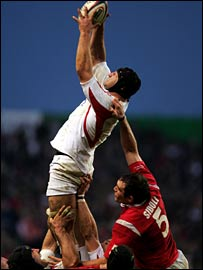 England's Steve Borthwick catches a line-out throw against Wales