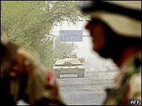 Iraqi troops at bomb scene, Thursday