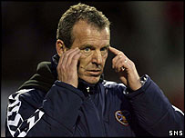 Hearts head coach Graham Rix