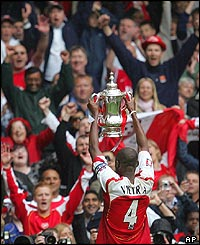Viera hoists the FA Cup aloft in May 2005