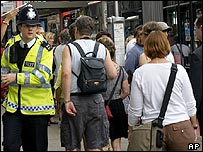 A police patrol on Euston Raod