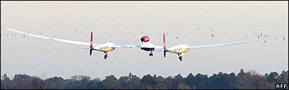 Virgin GlobalFlyer takes off from Cape Canaveral, 8 February. Image: AFP/Getty Images