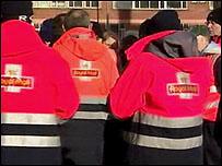 Belfast postal workers' strike is continuing