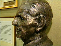 Alfred Anderson bust