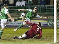 Killen stabs in the first goal of the evening at Easter Road