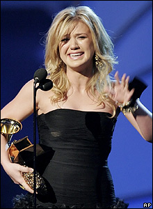 Kelly Clarkson at the Grammy Awards