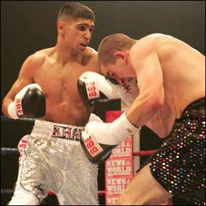 Amir Khan takes on David Bailey