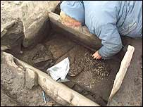 Excavation of the cist