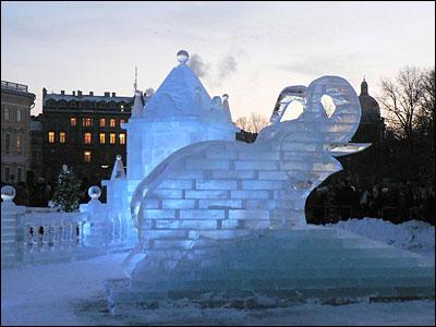 Elephant ice sculptures