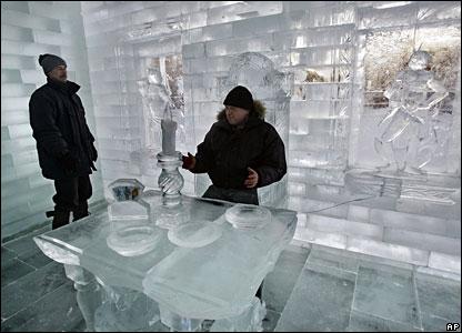 Ice palace visitors