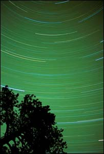 Time-lapse exposure of stars in night sky, Eyewire
