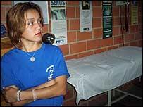 Fabiola, voluntaria del comit� de salud de Longaray, El Valle, Caracas. Foto: Vladimir Hern�ndez.