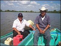 Pescadores locales.