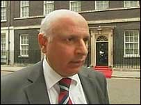 Mohammed Sarwar called for better communication