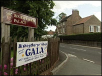 House opposite Bishopthorpe Palace