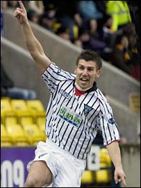 Mark Burchill celebrates Dunfermline's winning goal