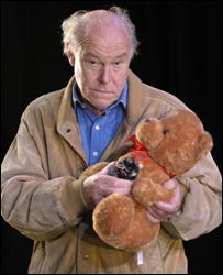 Timothy West in National Hero (photo by Hugo Glendinning)