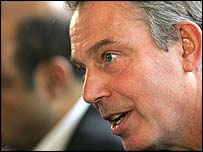 Tony Blair addressing a press conference in Pretoria