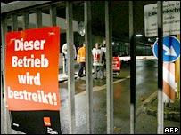 Striking garbage workers in Stuttgart, Germany