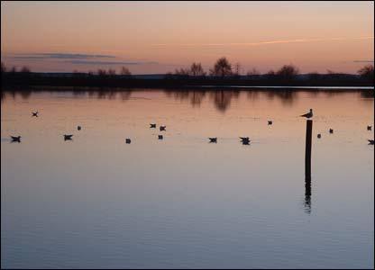 Sunset at Penyfan pond, Croespenmaen (Pennie Winkler)
