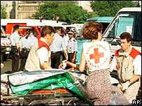 Emergency services treat victims after 1995 Paris bomb