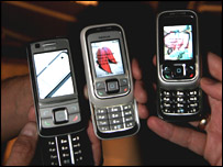 Nokia 6280 and 6111 clamshell phones