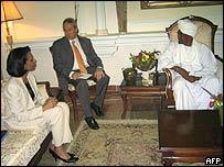 Condoleezza Rice, lefts, meets Sudanese President al-Bashir