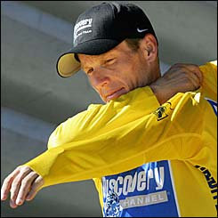 Lance Armstrong will don the yellow jersey once again for the next stage of Le Tour